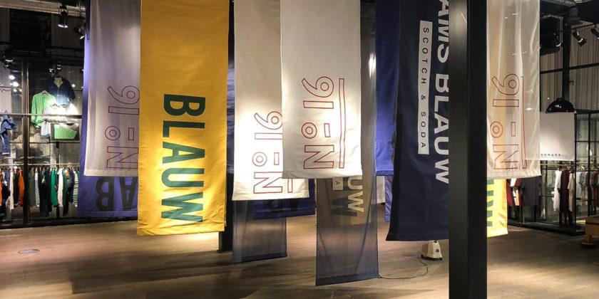 Scotch & Soda Amsterdam Blauw vlaggen presentatie